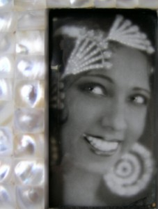 Josephine Baker in Deco jewels.